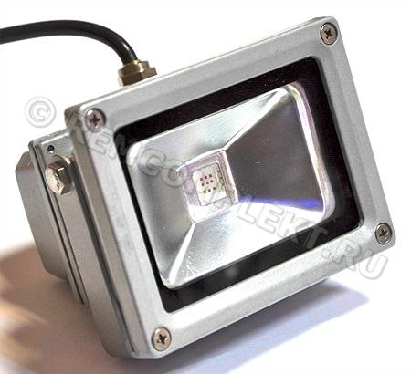 Прожектор светодиодный 10W желтый 220V IP65