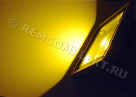 Прожектор светодиодный 20W 2200-2500K/пламя свечи/
